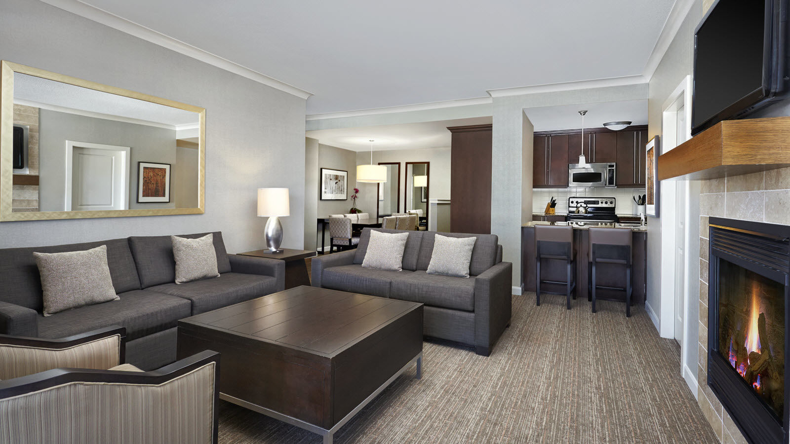 one bedroom suite the westin trillium house blue mountain. Black Bedroom Furniture Sets. Home Design Ideas