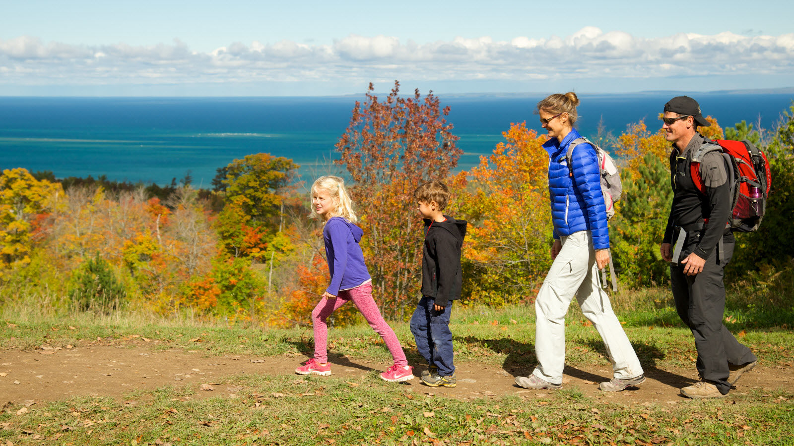 Blue Mountain Spring and Summer Activities - Hike