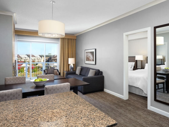 Two Bedroom Suite With One King And Two Queen Beds | The Westin Trillium  House, Blue Mountain